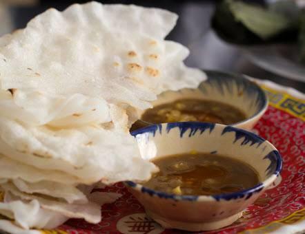 5 quán ăn bình dân gắn với chữ Bà nức tiếng ở Đà Nẵng