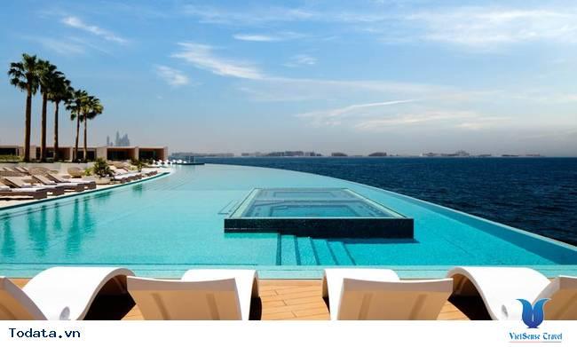 Bể bơi cao nhất thế giới tại Dubai có đặc điểm gì?