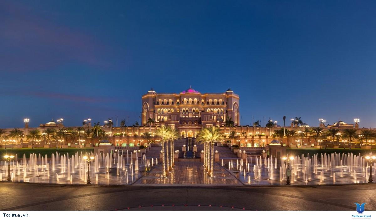 Khám Phá Khách Sạn 7 Sao Đẳng Cấp Emirates Palace