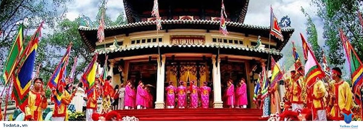 Tour Du Lịch Đền Hùng - Hát Xoan - VQG Xuân Sơn - Vườn Vua 2 Ngày