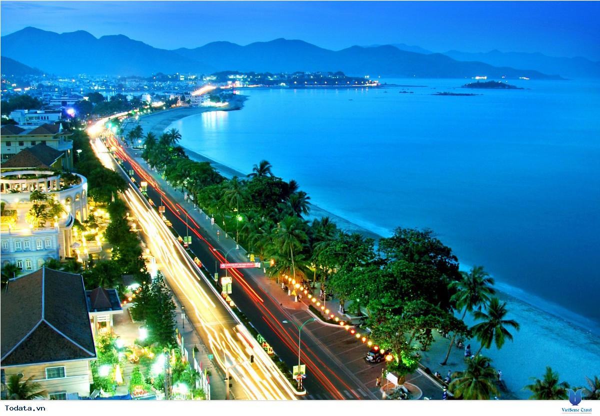 Tour Du Lịch Sài Gòn- Đà Nẵng Khuyến Mãi tháng 9