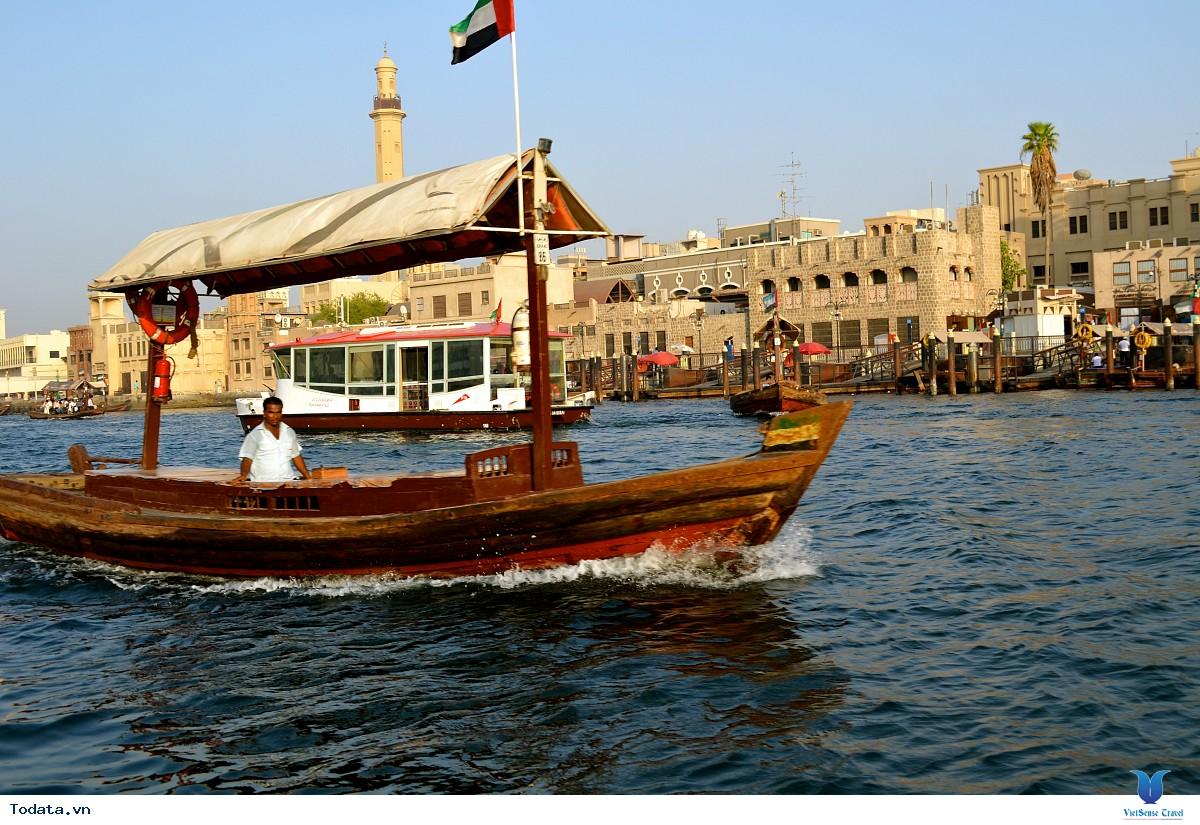 Thư viện ảnh Taxi nước qua vịnh Dubai