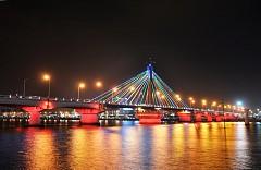 Không xem cầu sông Hàn quay nghĩa là chưa đến Đà Nẵng!