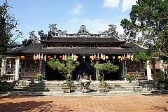 Chùa Từ Hiếu, ngôi cổ tự độc đáo bậc nhất xứ Huế