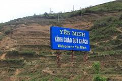 Dập dờn thảo nguyên Yên Minh giữa lưng chừng núi đồi