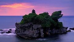 Đền Tanah Lot linh thiêng nhất Bali