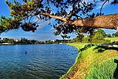 Huyền Thoại Hồ Than Thở