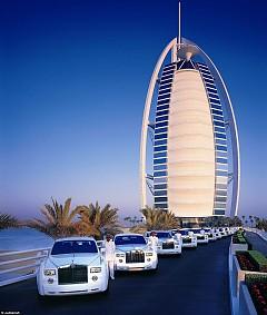 Bên trong khách sạn 7* Dubai - Khách sạn cánh buồm Burj Al Arab