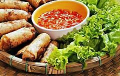Lạ miệng món ram cuốn cải Đà Nẵng