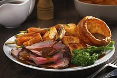 Lạ miệng với món Sunday roast của Anh