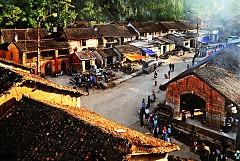 Lạc vào chốn xưa cổ kính tại phố cổ Đồng Văn