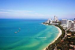 Bãi biển Jomtien cuốn hút du khách ở Pattaya