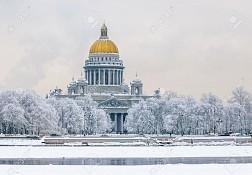 Cảnh đẹp trắng xóa tại nhà thờ Saint Isaac vào mùa đông