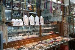 Chợ Bogyoke Aung San, nổi bật về sản phẩm đá quý