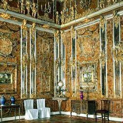 Choáng ngợp phòng hố phách dát vàng trong cung điện Catherines