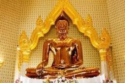 Điểm đến tâm linh tượng Phật Vàng