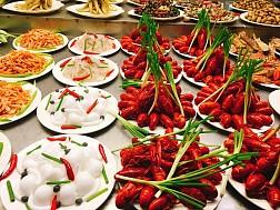 Khu phố ăn đêm Trung Sơn, Nam Ninh, Trung Quốc