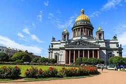 Nhà thờ Saint Isaac điểm du lịch không thể bỏ qua khi đến Nga