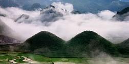 Núi Đôi Cô Tiên Trong Sương Sớm