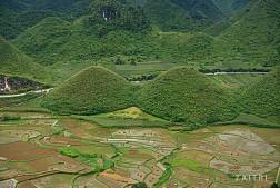 Núi đôi Cô Tiên- tuyệt tác của tạo hóa nơi mảnh đất Hà Giang
