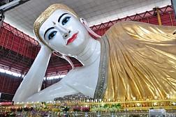 Tham quan ngồi chùa Chaukhtatgyi nổi tiếng