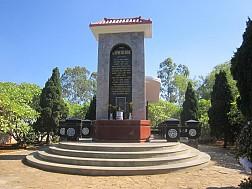 Tìm hiểu về tiểu sử của cụ Huỳnh Thúc Kháng tại Lý Sơn
