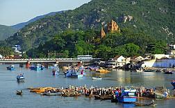 Tour Nha Trang - Vinpearl Land - Đầm Nha Phu - Đảo Khỉ - Tắm Bùn