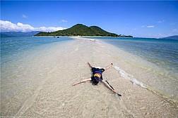 Tour Đảo Điệp Sơn - Hòn Đảo Có Lỗi Đi Giữa Biển