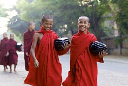 Tu viện Kyat Khat Wine, cái nôi đào tạo Phật giáo