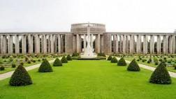 Viếng nghĩa trang chiến tranh Htauk Kyant