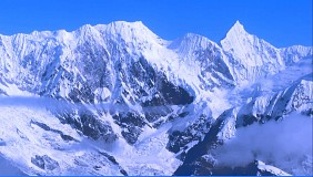 Núi Hymalaya