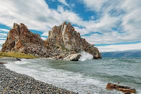 Tảng đá Shaman