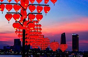 Dạo Bước Nơi Cầu Khóa Tình Yêu Ở Đà Nẵng