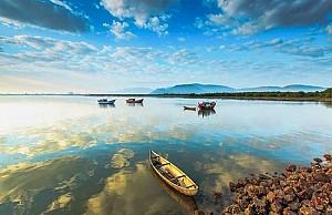 Đi thuyền ngắm Đầm Thị Nại đẹp ngây ngất