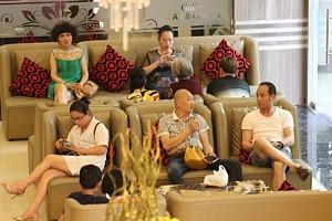 Giải Pháp Ứng Xử Nào Hợp Lý Với Du Khách Trung Quốc Ở Nha Trang