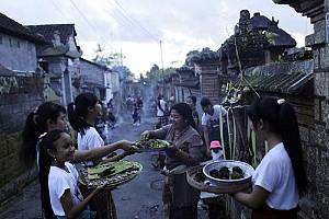 Nghi thức xã giao ở Bali