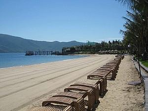 Quan  Lạn, Bãi Biển Đẹp Và Hoang Sơ Nhất