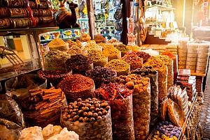 Trải nghiệm khu chợ gia vị nổi tiếng tại Dubai