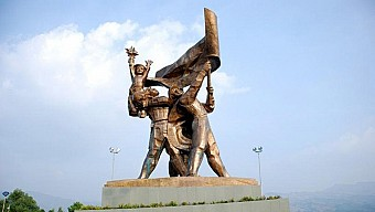 Hà Nội - Sơn La - Điện Biên Thứ 6 Hàng Tuần