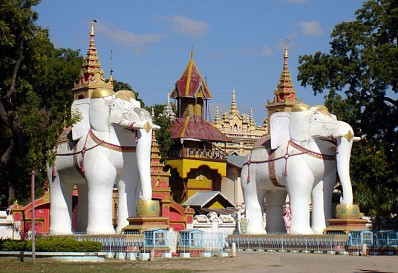 Chùa Voi trắng Myanmar