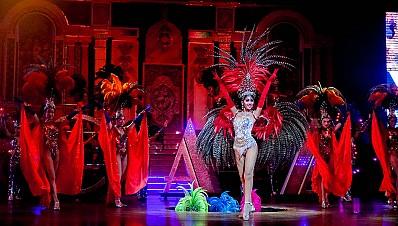 Show chuyển giới Thái Lan