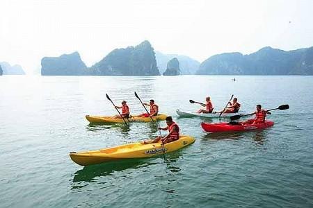VPQ17: Tour Chèo Thuyền Kayak Trên Sông Cửu Cạn Phú Quốc