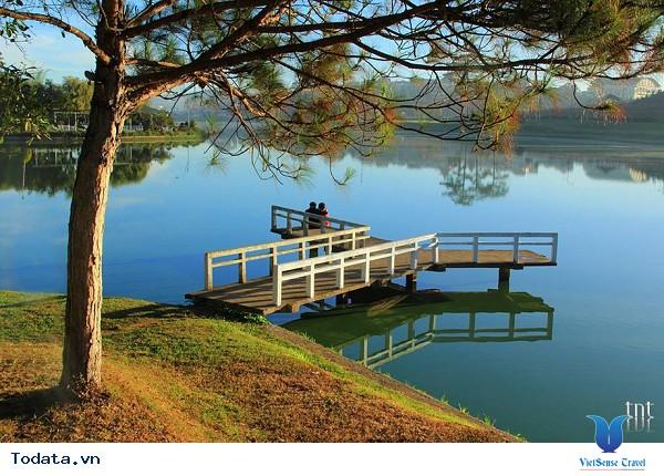 Hồ Xuân Hương – Viên Ngọc Xanh Giữa Lòng Đà Lạt - Ảnh 4