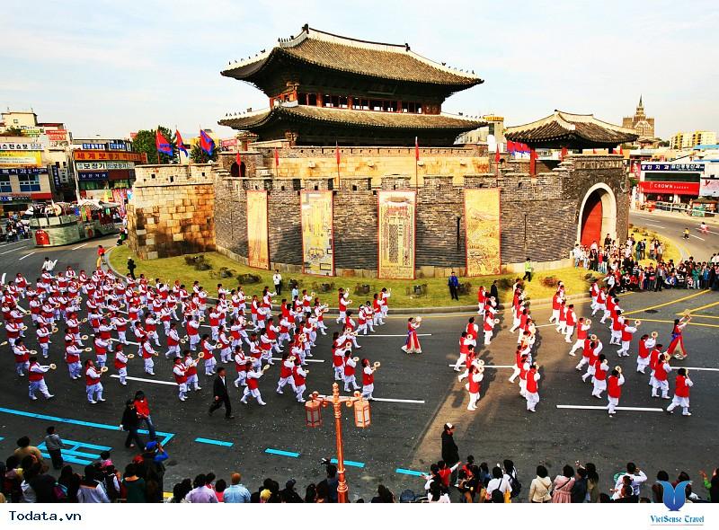 5 lễ hội Hàn Quốc thu hút nhiều khách du lịch nhất trên thế giới - Ảnh 2