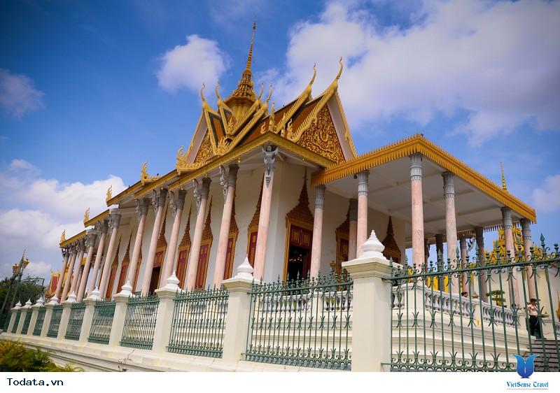 Có gì hấp dẫn tại cung điện Hoàng gia Campuchia - Ảnh 3