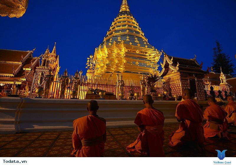 Ghé thăm những ngôi đền chùa nổi tiếng nhất Thái Lan - Ảnh 1