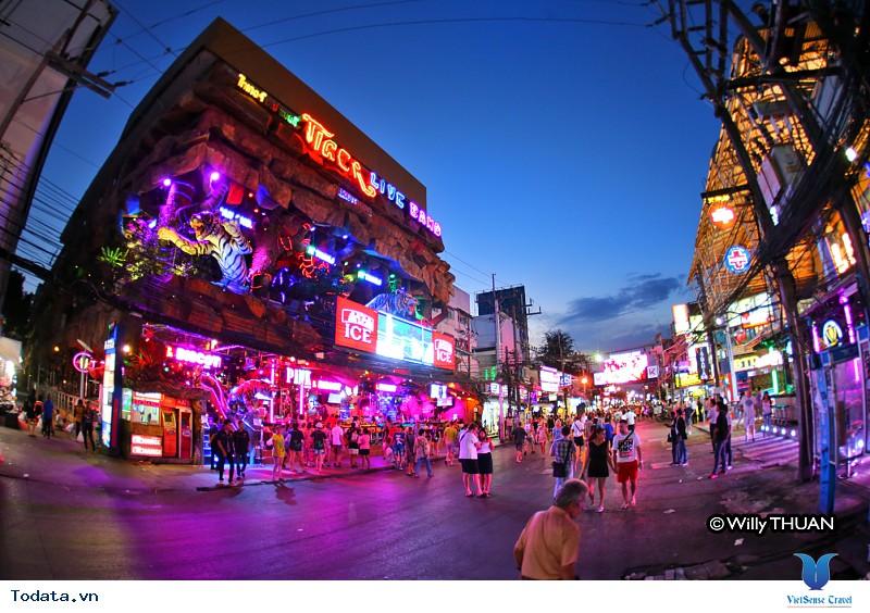 Một lần ngắm trọn vẻ đẹp của Phuket- Thái Lan - Ảnh 4