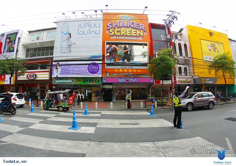 Mê mẩn với thiên đường mua sắm ở Thái Lan - Ảnh 2
