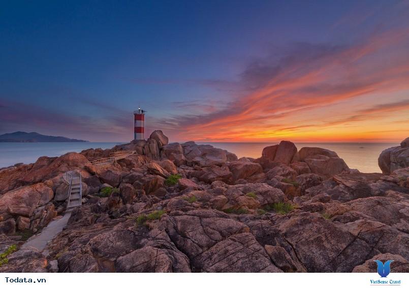 Nét đẹp hoang sơ Gành Đèn Phú Yên - Ảnh 2