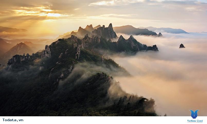 Những điểm du lịch hấp dẫn nhất của xứ sở Kim Chi - Ảnh 3